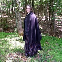 Half Circle Black/Rust Cloak