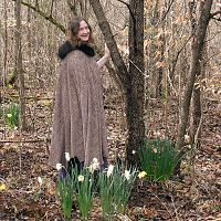 "Full Circle Speckled Cloak with ""Fur"" Collar"