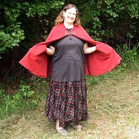 Half-Circle Rusty Red Cloak with Pockets