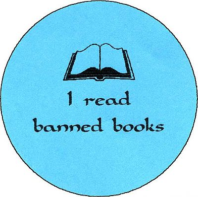 I read banned books - Buttons, Liberty