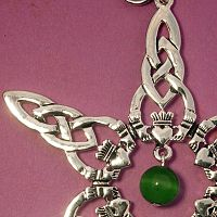 Claddagh Tree Ornament with Bead