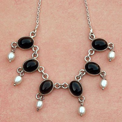 Silver Onyx and Pearl Necklace