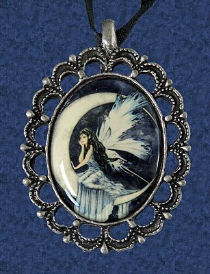 """Moon Whispers"" Cameo Necklace - Clearance Jewelry"