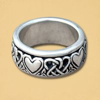 Celtic Hearts Spin Ring