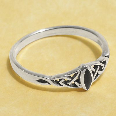 Silver Dainty Celtic Onyx Ring